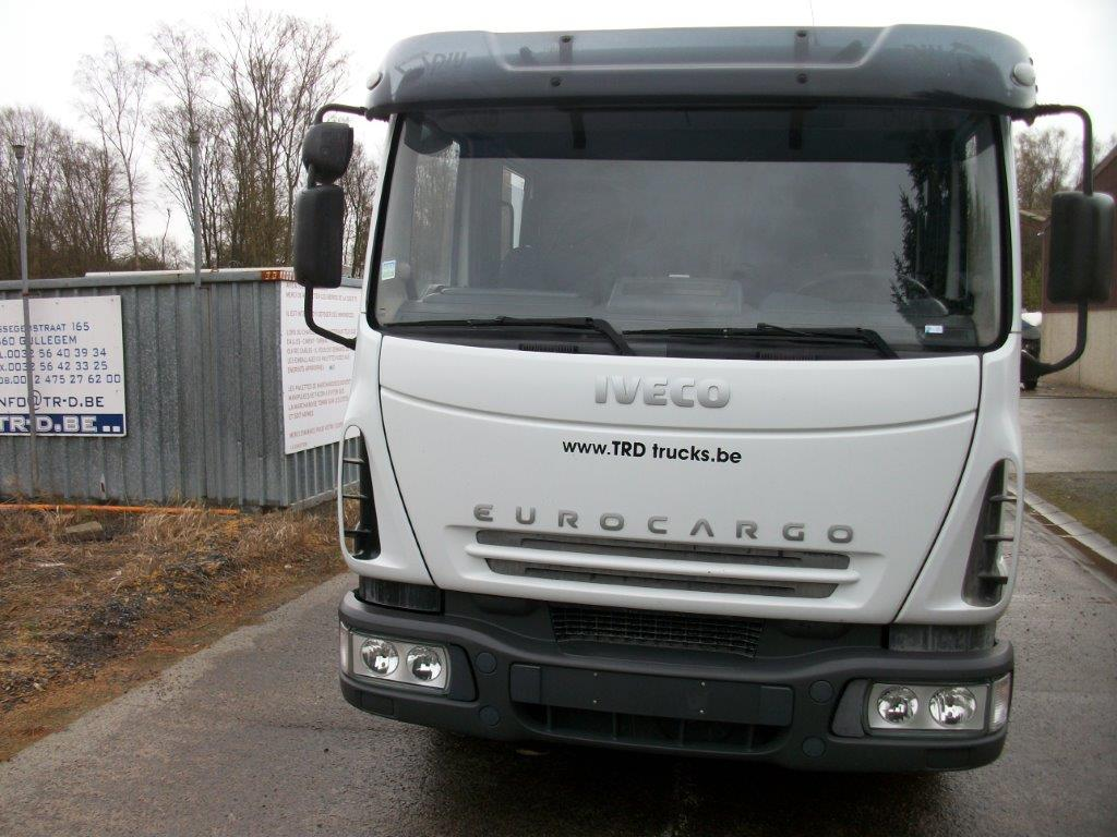 IVECO EUROCARGO ML80E18 WITH DOUBLE CABIN